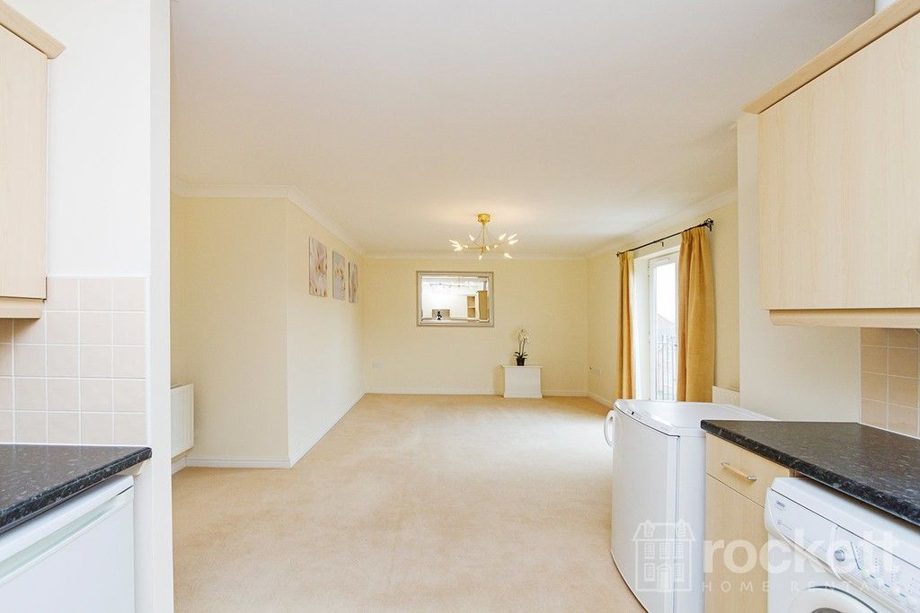2 bed Flat to rent in Archers Walk, Newcastle Under Lyme, ST4