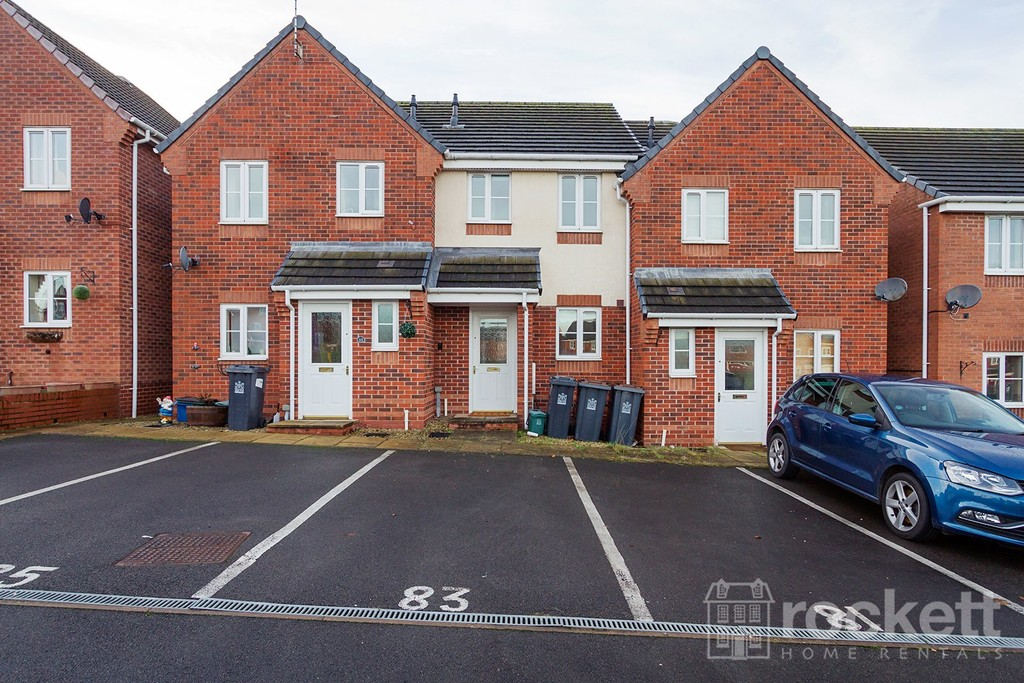 2 bed House to rent , ST5