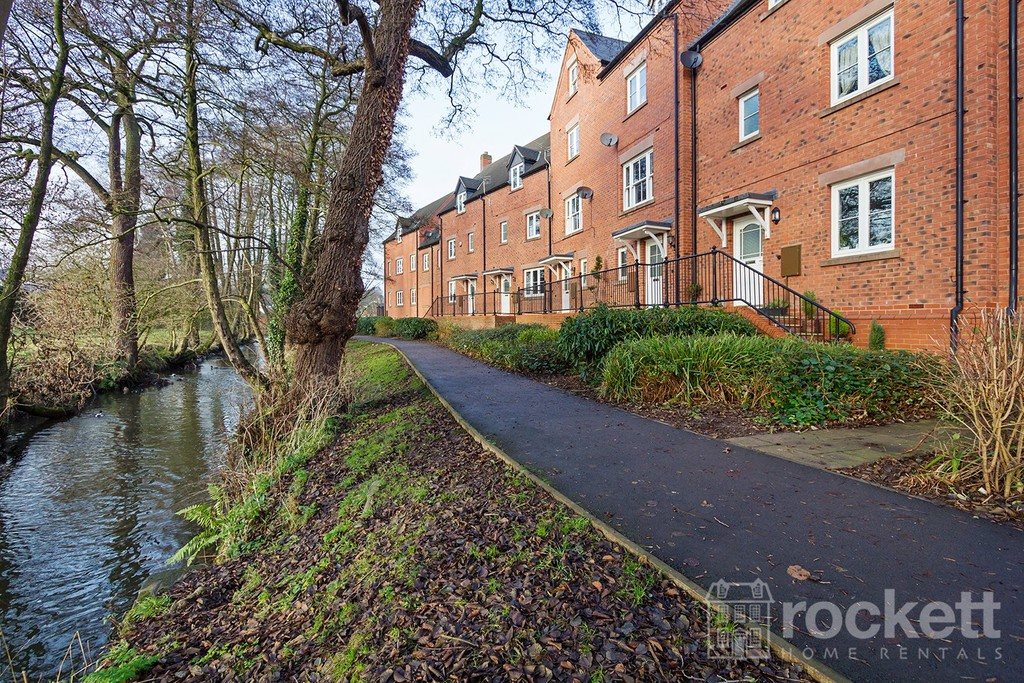 4 bed house to rent in Riverside Cresent, Hall Yard, Tean  - Property Image 4