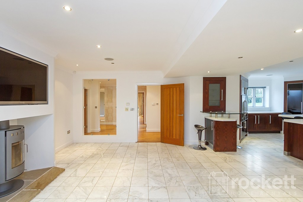 6 bed house to rent in Faddiley, Nantwich  - Property Image 12