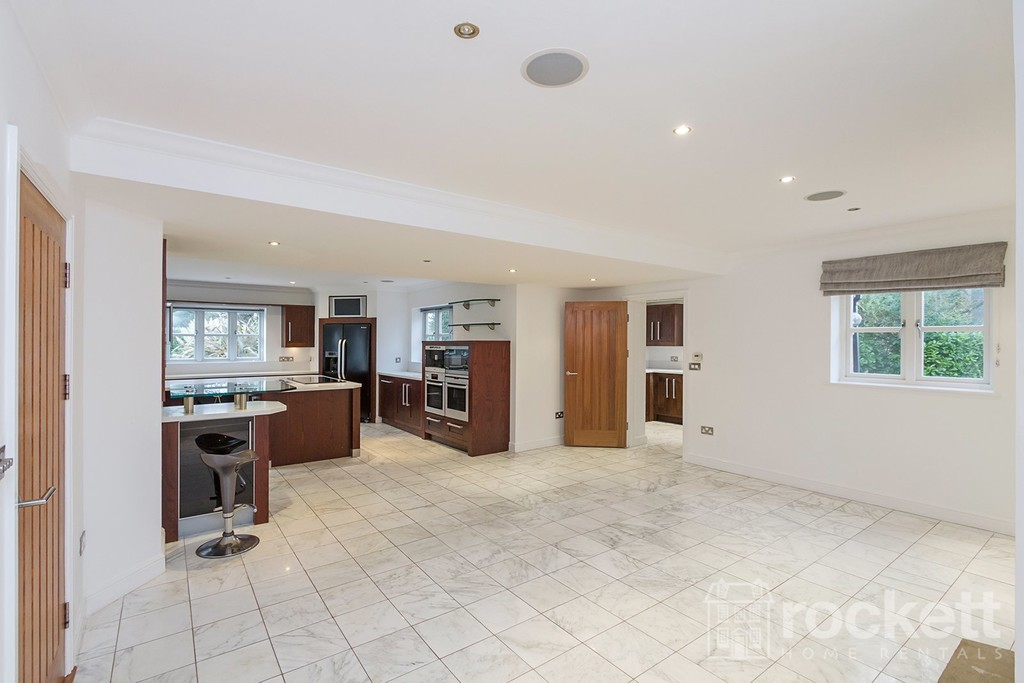 6 bed house to rent in Faddiley, Nantwich  - Property Image 19