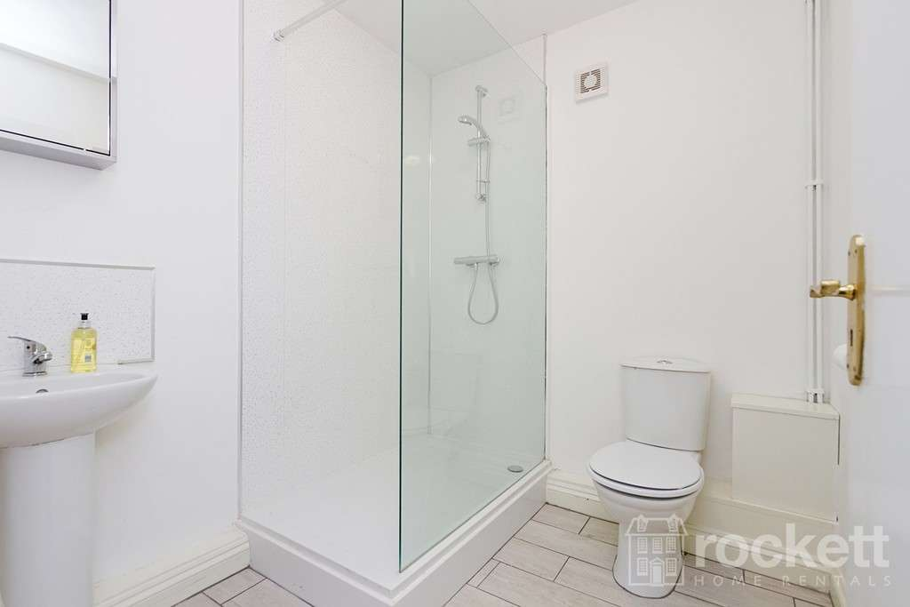 3 bed house to rent in The Stables Coach House, Stoke On Trent  - Property Image 9