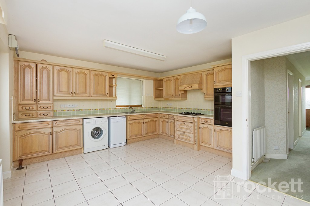 2 bed bungalow to rent in Primrose Hill, Hanford, Stoke-on-Trent  - Property Image 5