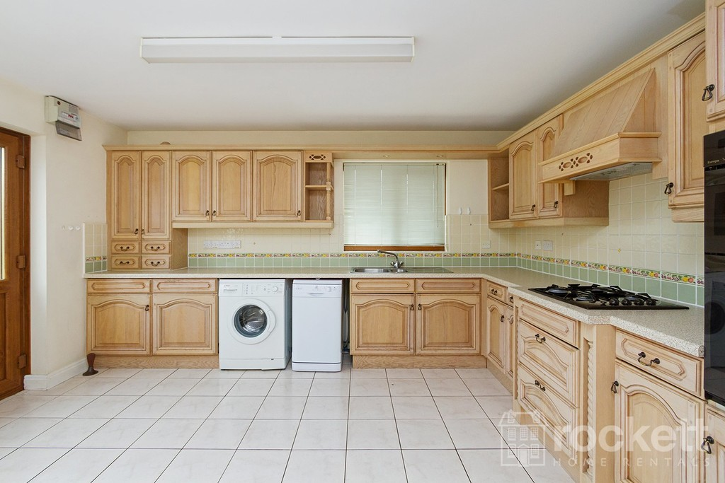 2 bed bungalow to rent in Primrose Hill, Hanford, Stoke-on-Trent  - Property Image 7