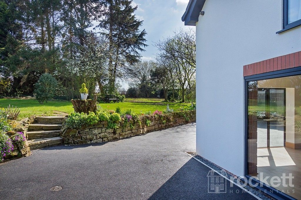 6 bed house to rent  - Property Image 101