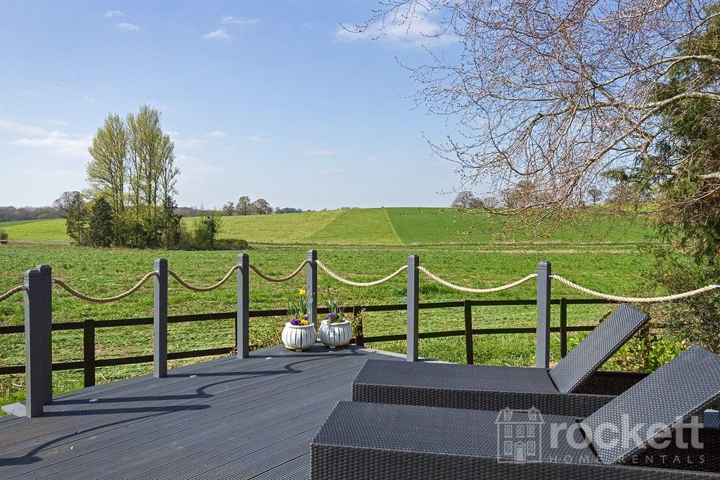 6 bed house to rent  - Property Image 103