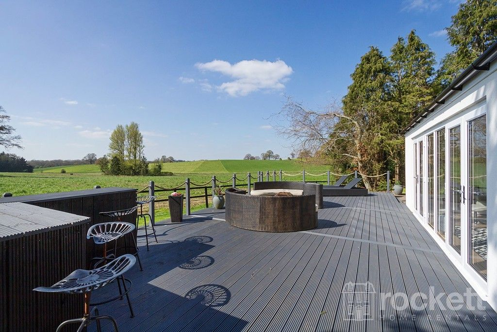 6 bed house to rent  - Property Image 17