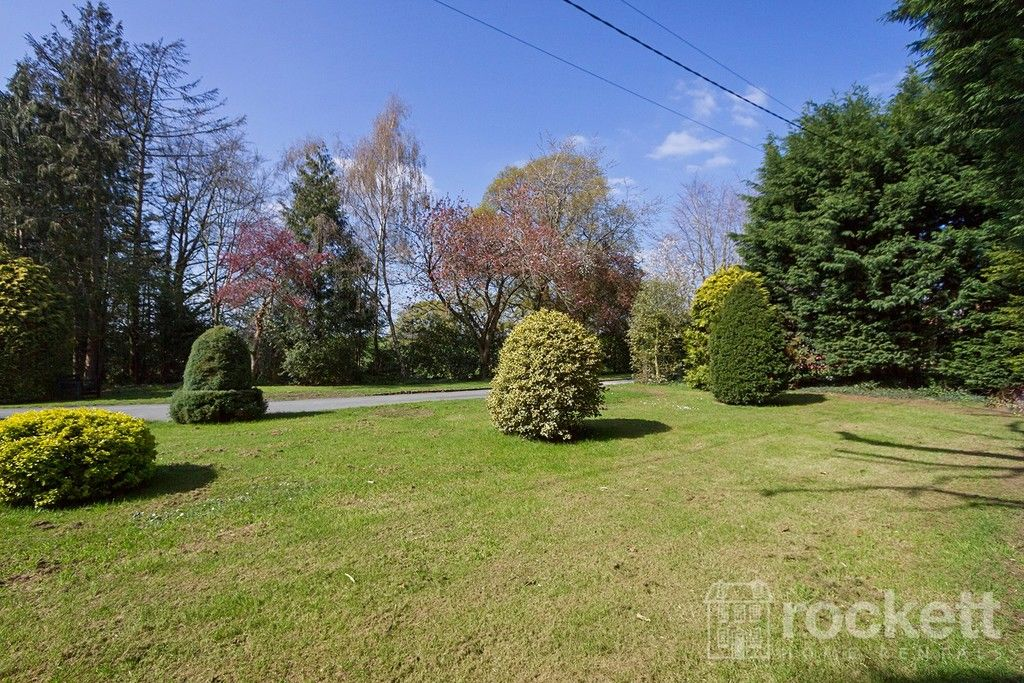6 bed house to rent  - Property Image 22