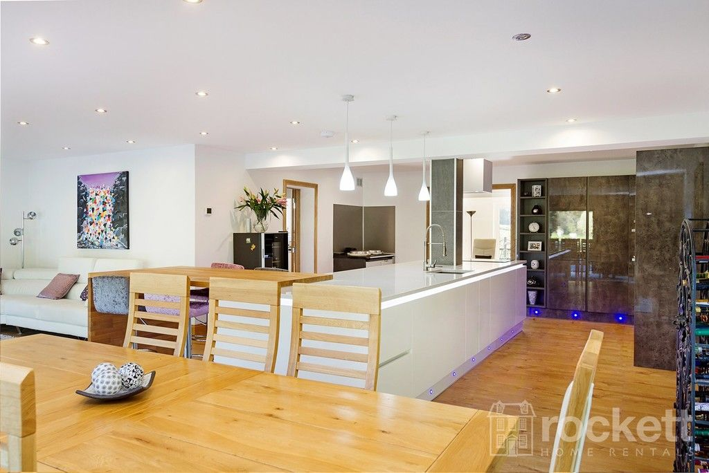 6 bed house to rent  - Property Image 29
