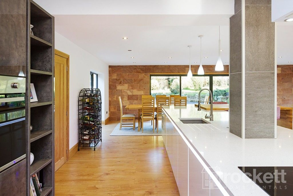 6 bed house to rent  - Property Image 35