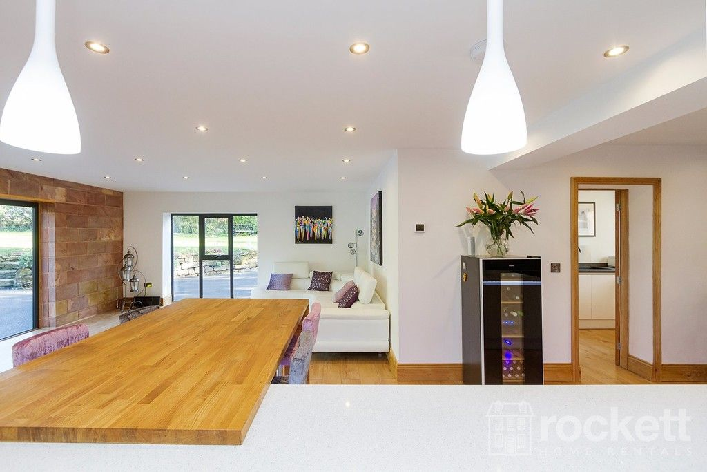 6 bed house to rent  - Property Image 39