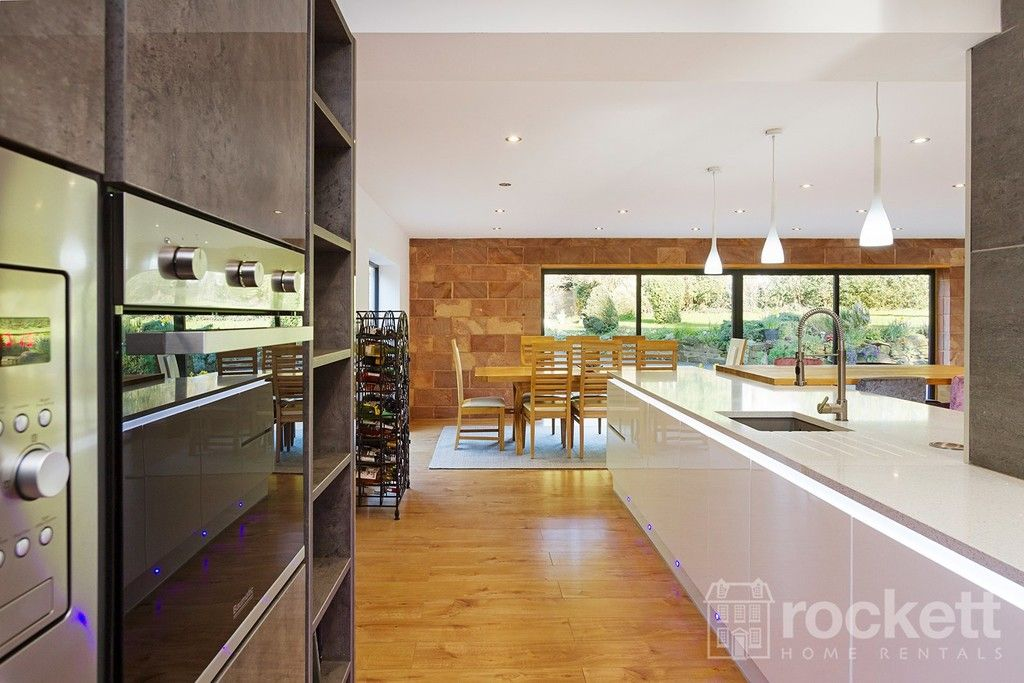 6 bed house to rent  - Property Image 40