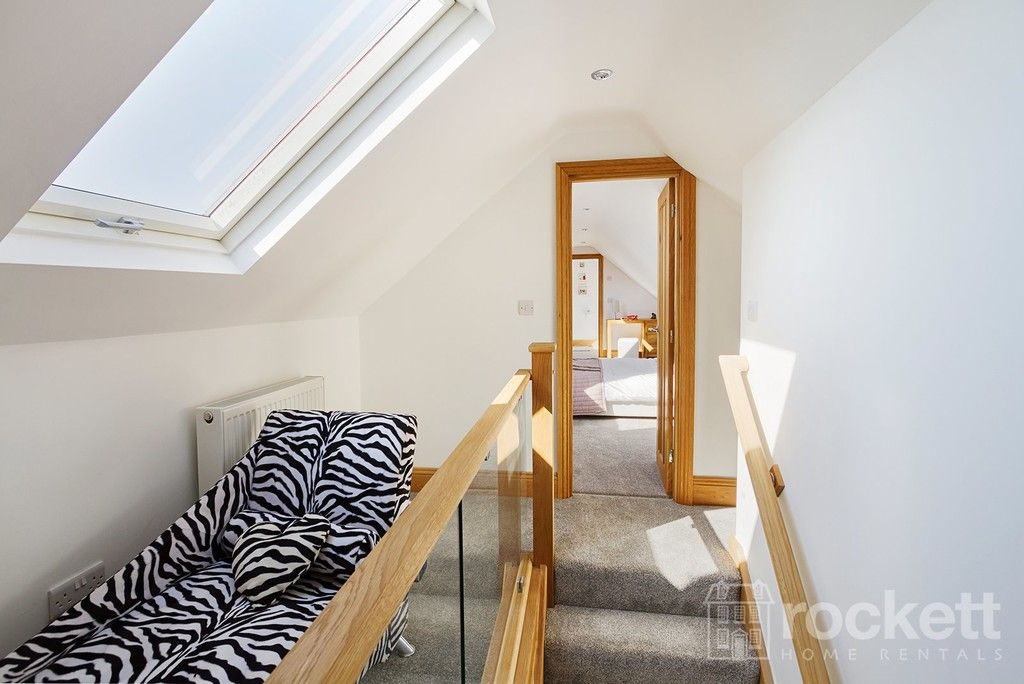 6 bed house to rent  - Property Image 54