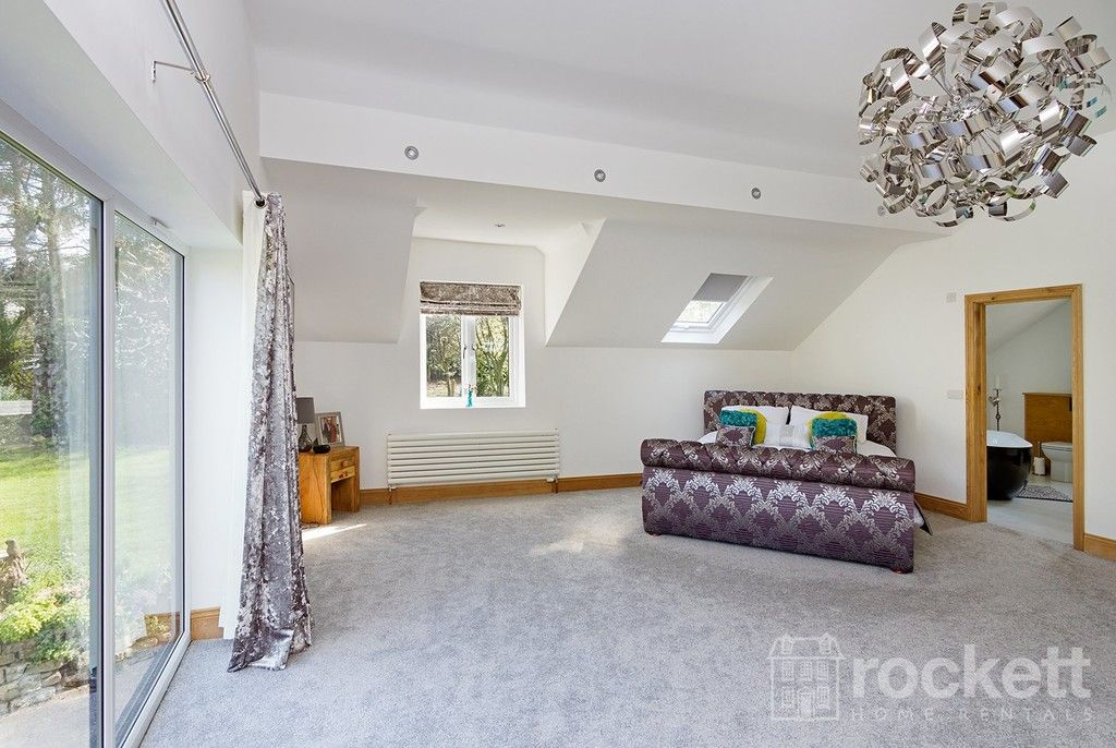 6 bed house to rent  - Property Image 60