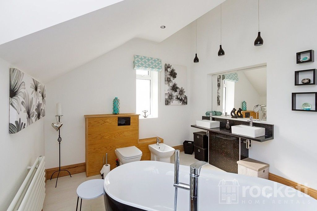 6 bed house to rent  - Property Image 64