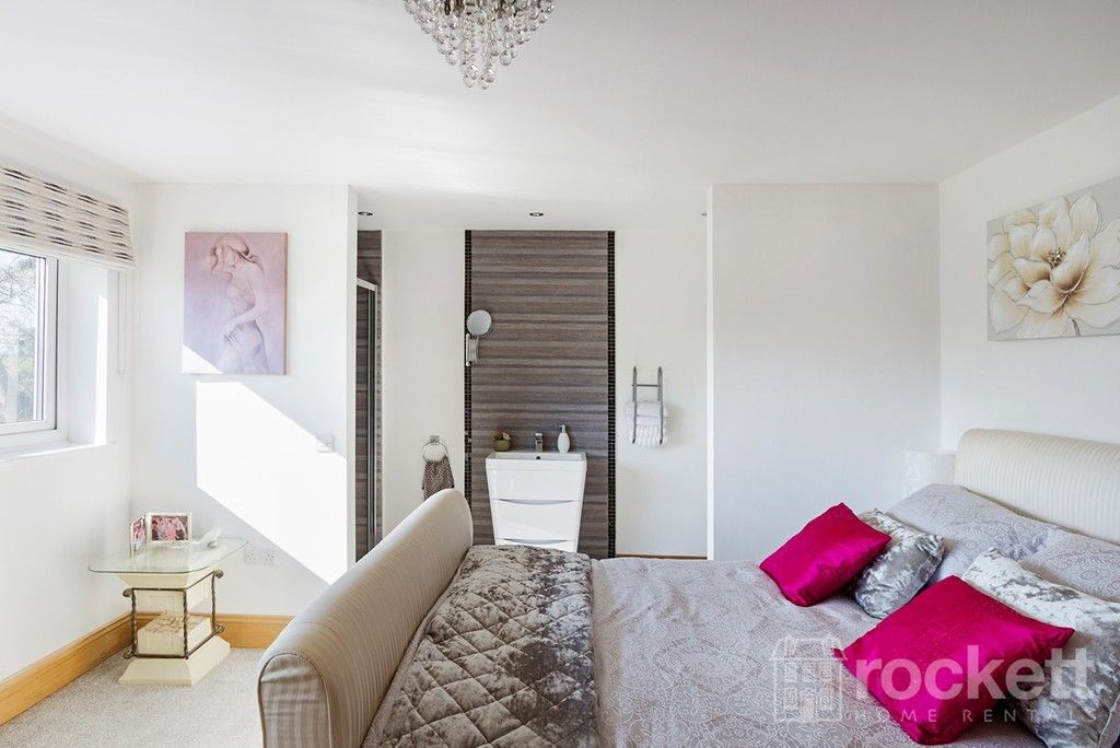 6 bed house to rent  - Property Image 69