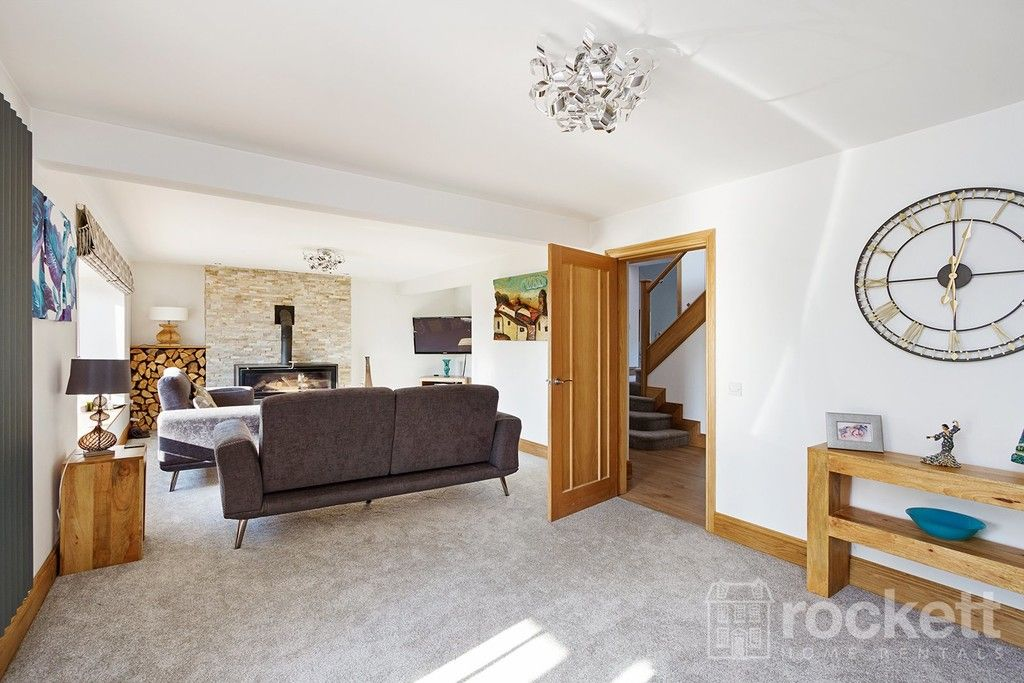 6 bed house to rent  - Property Image 79