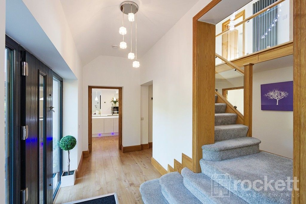 6 bed house to rent  - Property Image 88