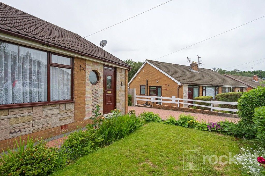 2 bed bungalow to rent in Fearns Avenue, Newcastle Under Lyme  - Property Image 2