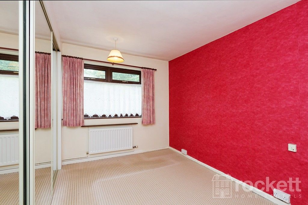2 bed bungalow to rent in Fearns Avenue, Newcastle Under Lyme  - Property Image 13