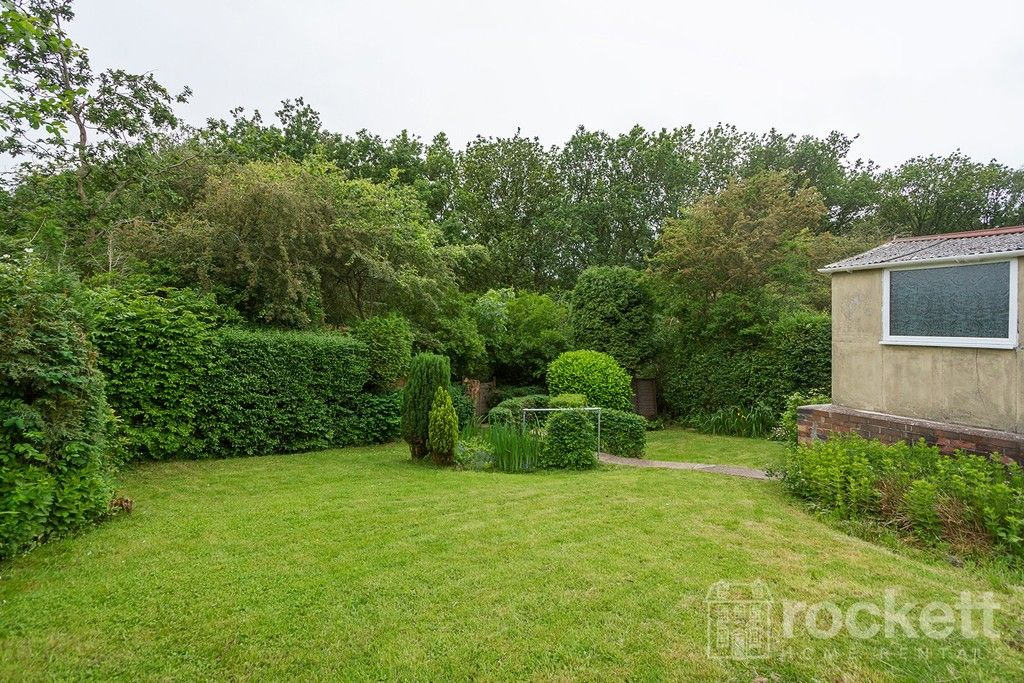 2 bed bungalow to rent in Fearns Avenue, Newcastle Under Lyme  - Property Image 21