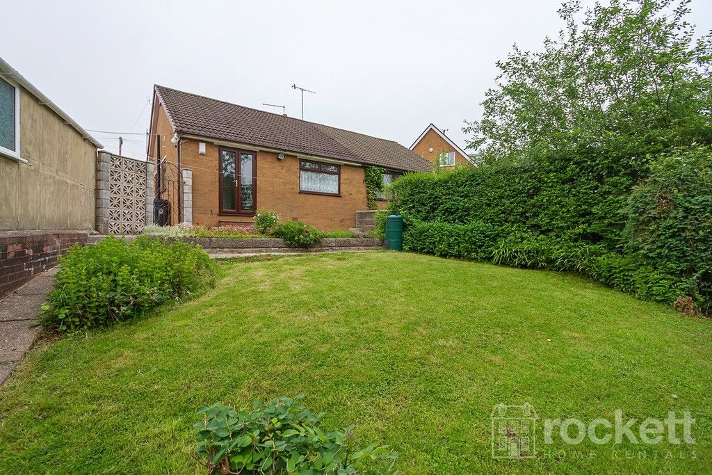 2 bed bungalow to rent in Fearns Avenue, Newcastle Under Lyme  - Property Image 24