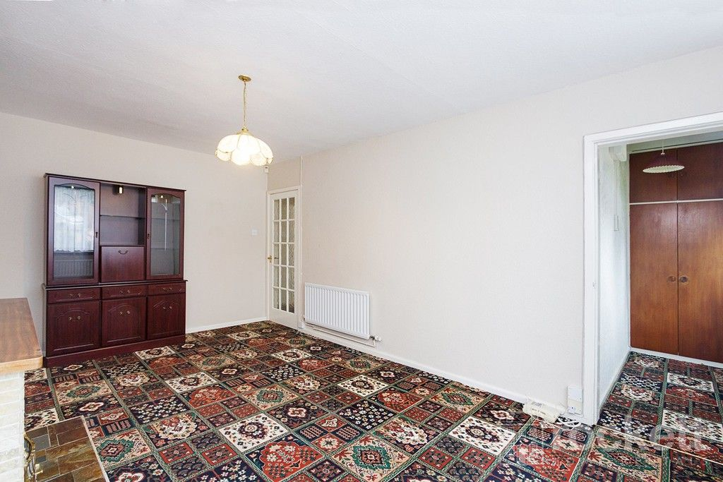 2 bed bungalow to rent in Fearns Avenue, Newcastle Under Lyme  - Property Image 7