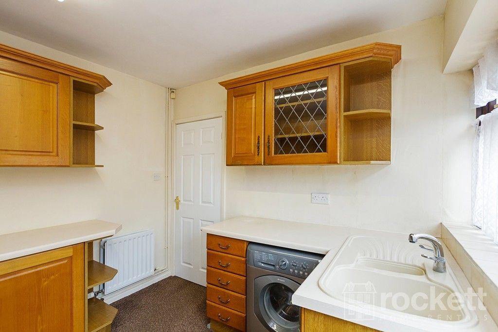2 bed bungalow to rent in Fearns Avenue, Newcastle Under Lyme  - Property Image 10