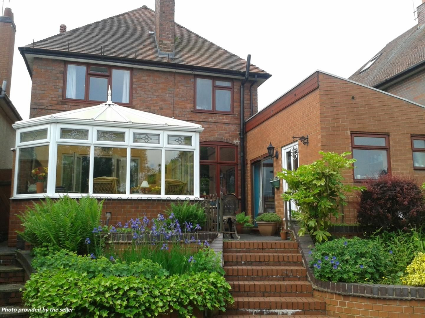 3 bed detached for sale in Stourbridge Road, Fairfield, Bromsgrove, B61 19