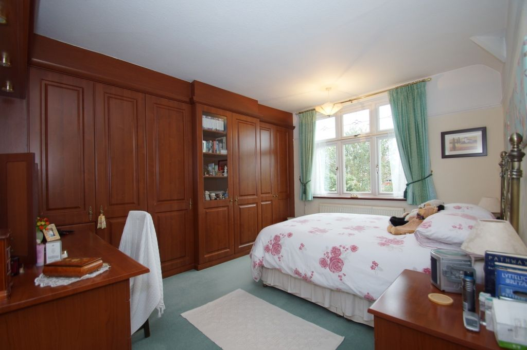 3 bed detached for sale in Stourbridge Road, Fairfield, Bromsgrove, B61  - Property Image 9