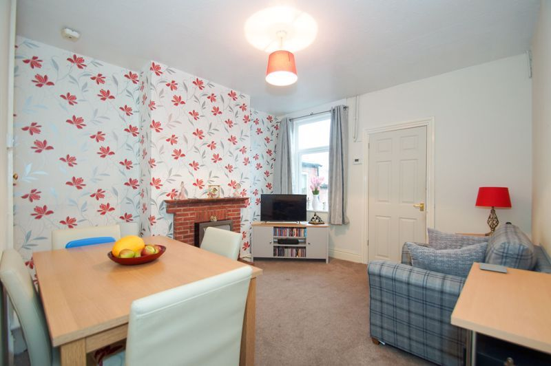 3 bed  for sale in Birmingham Road  - Property Image 5