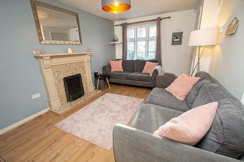 3 bed house for sale in Rosedale Close 4