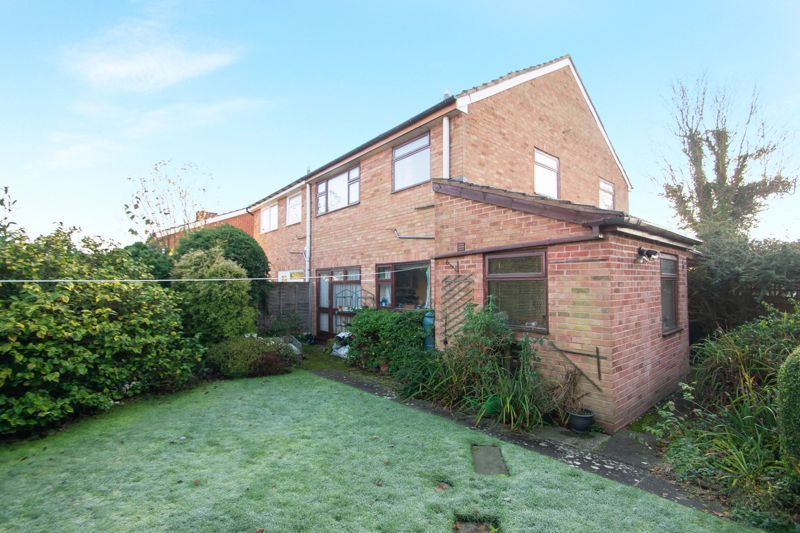 3 bed house for sale in Field Lane 13