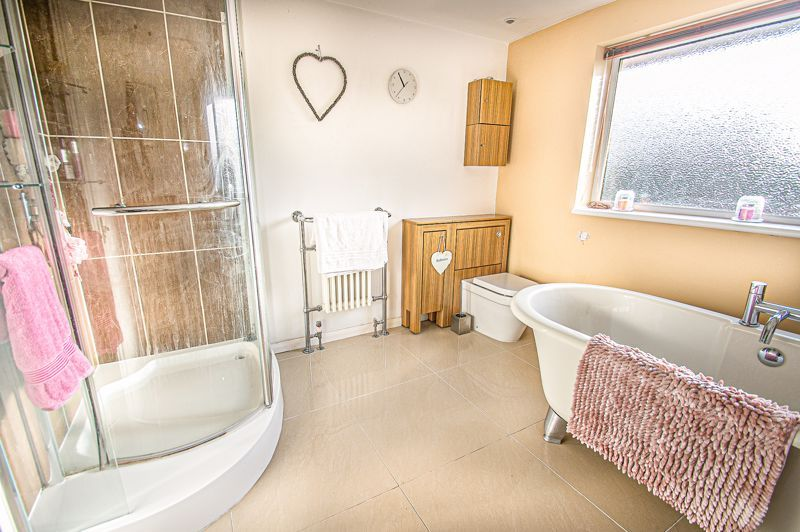 5 bed house for sale in Wolverton Close  - Property Image 15