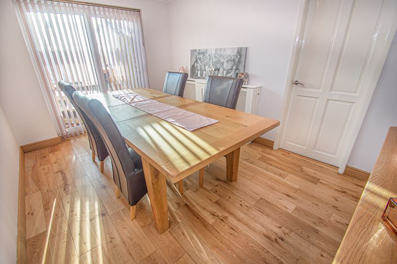 5 bed house for sale in Wolverton Close 5