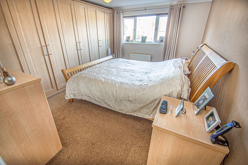 5 bed house for sale in Wolverton Close  - Property Image 8