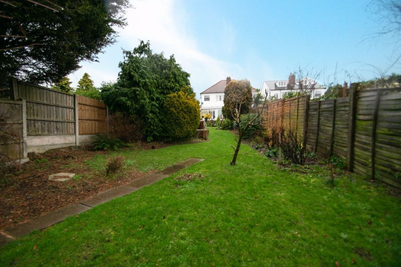 3 bed house for sale in Birch Road  - Property Image 13