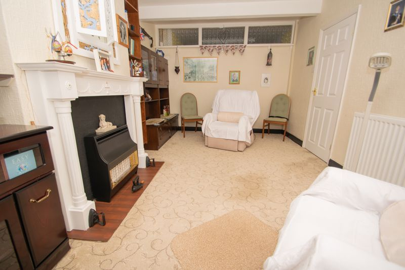 3 bed house for sale in Birch Road 3