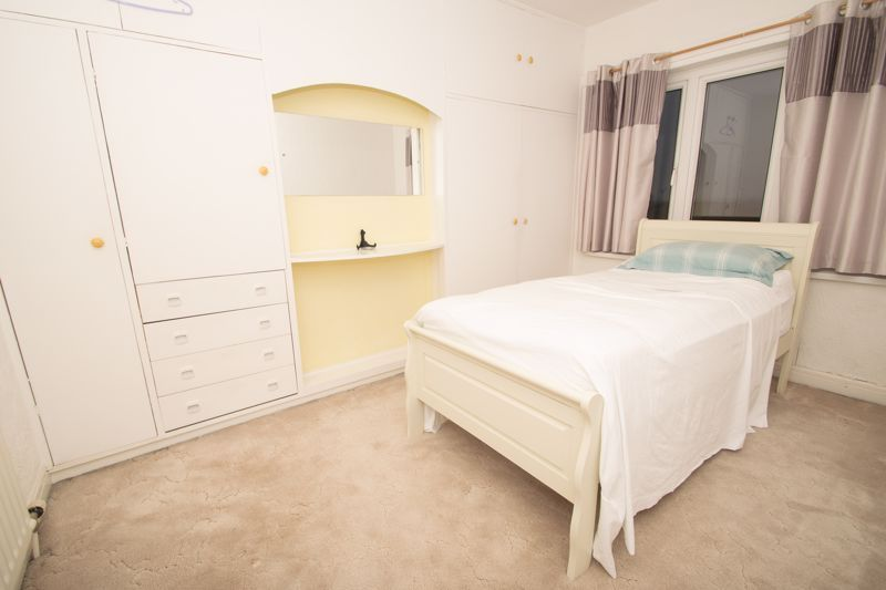3 bed house for sale in Birch Road  - Property Image 9