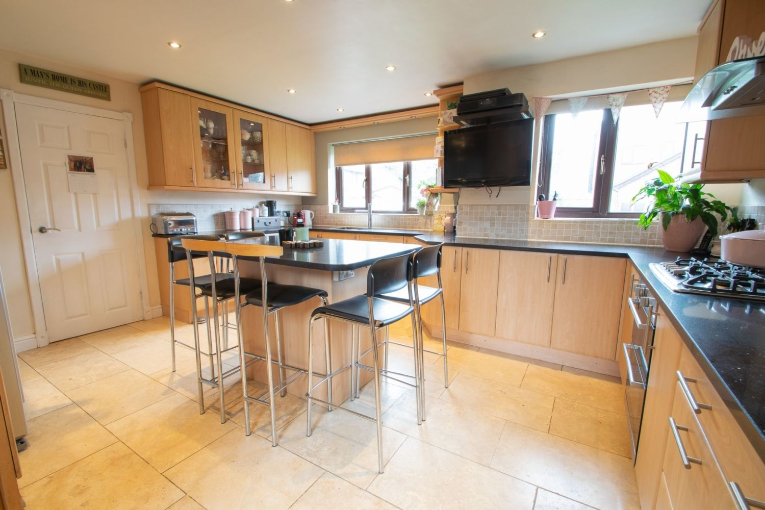 5 bed detached for sale in Melrose Avenue, Oldswinford, Stourbridge 3