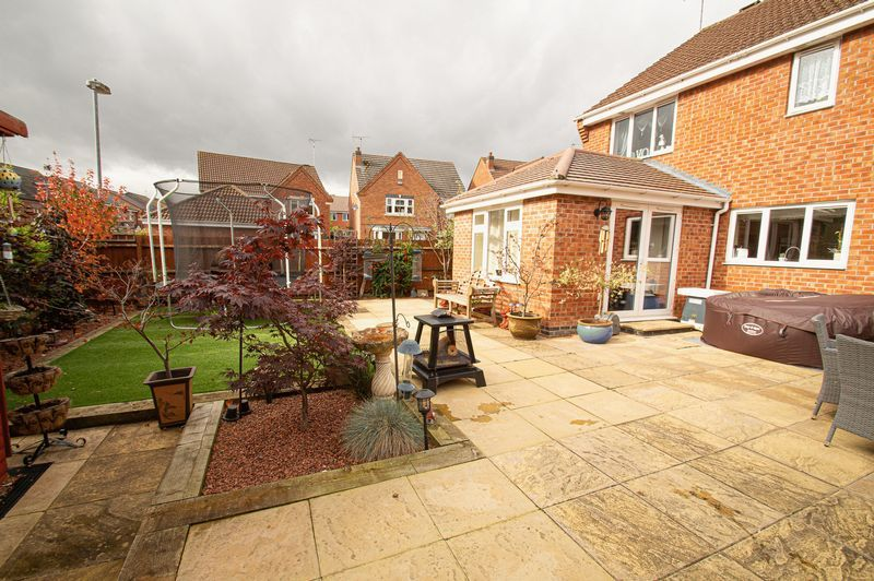 4 bed house for sale in Harris Close  - Property Image 13