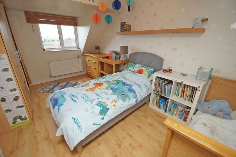 3 bed house for sale in Kestrel View 11