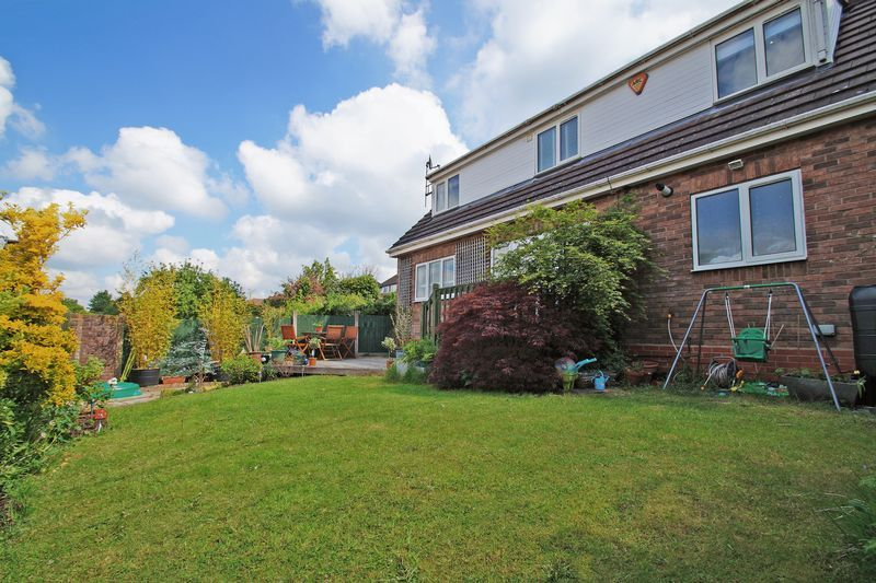 3 bed house for sale in Kestrel View 20
