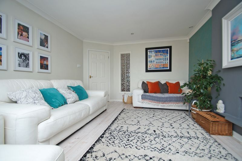 3 bed house for sale in Kestrel View 3