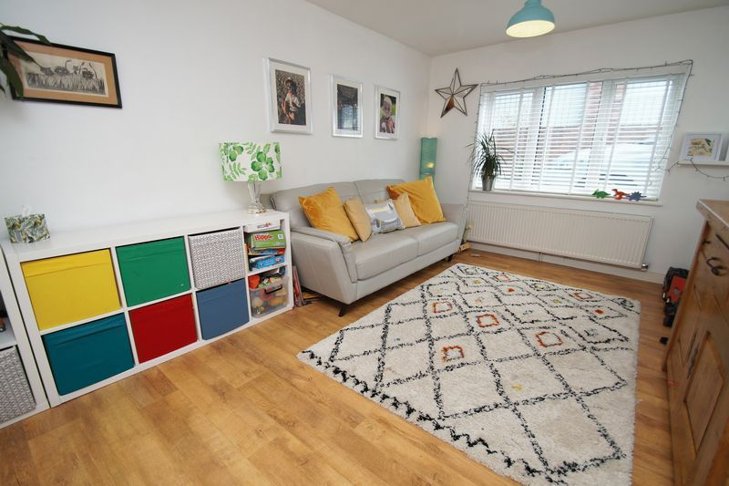 3 bed house for sale in Kestrel View 4