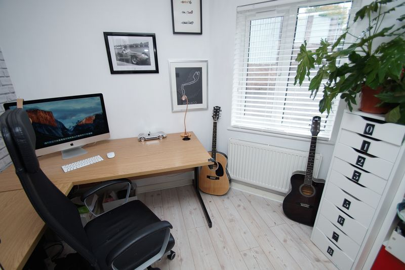 3 bed house for sale in Kestrel View 7