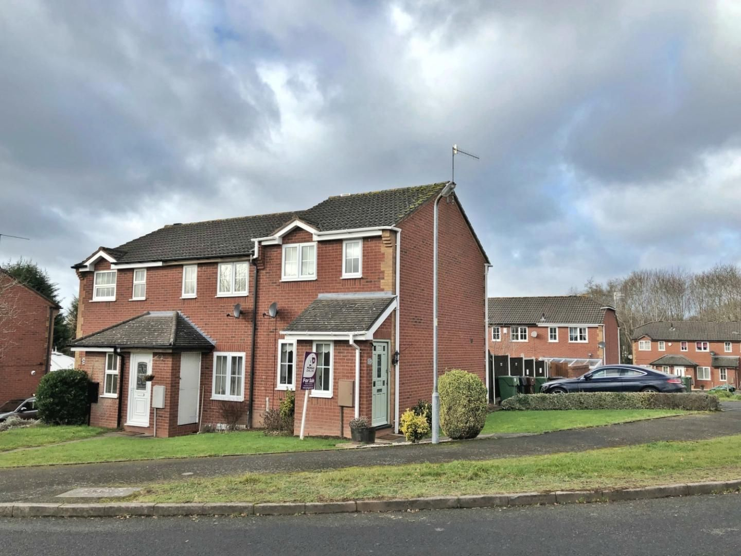 2 bed terraced for sale in Abbey Close, Oakalls, Bromsgrove  - Property Image 1