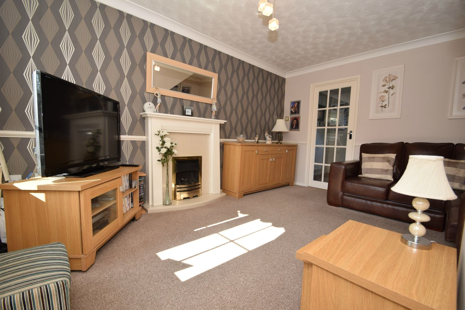 2 bed terraced for sale in Abbey Close, Oakalls, Bromsgrove  - Property Image 2
