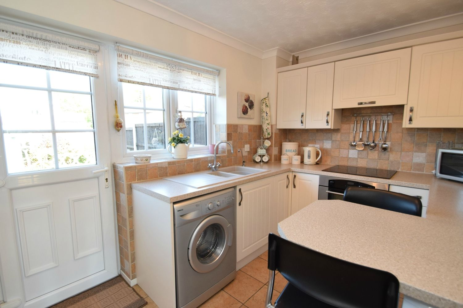 2 bed terraced for sale in Abbey Close, Oakalls, Bromsgrove  - Property Image 4
