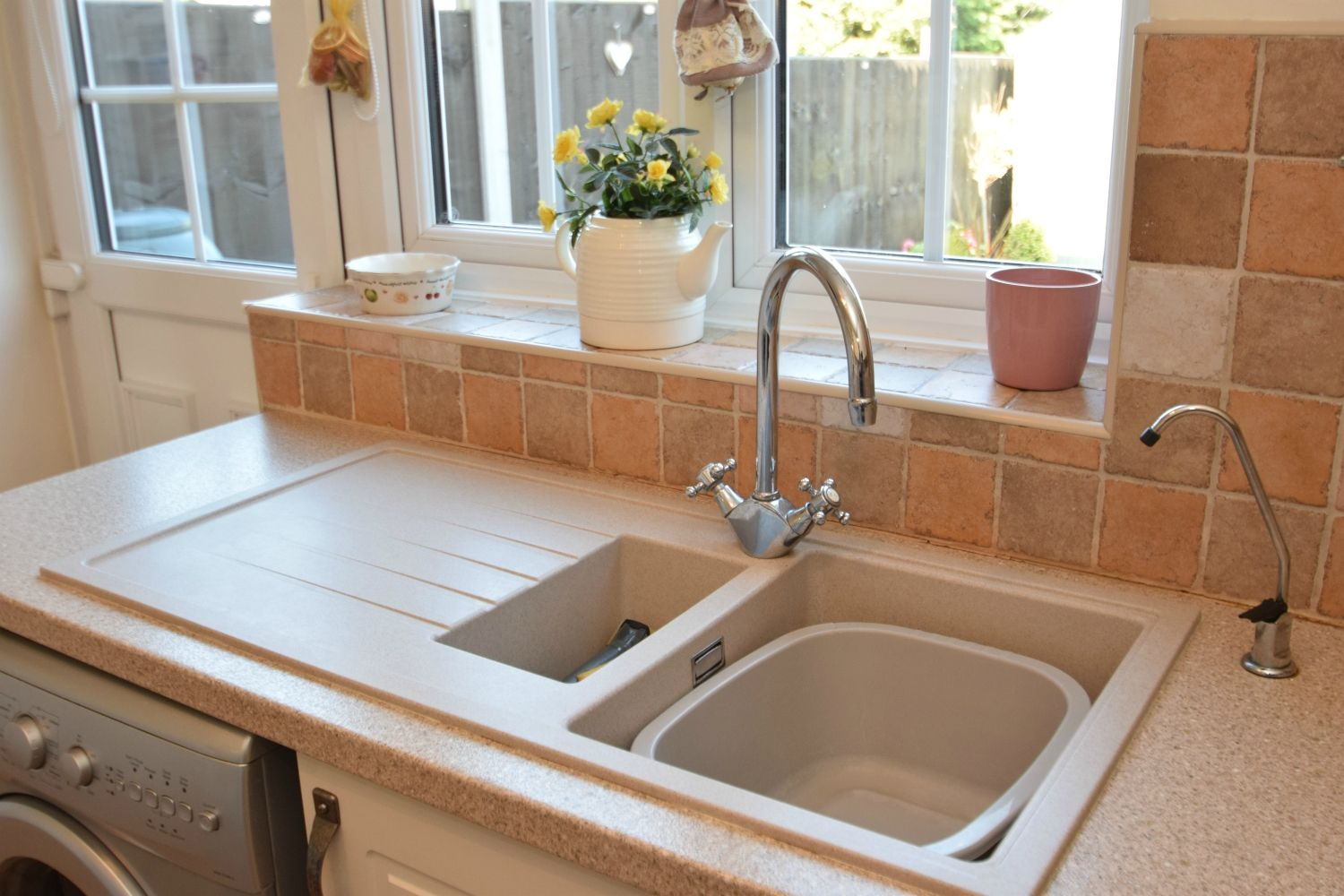 2 bed terraced for sale in Abbey Close, Oakalls, Bromsgrove  - Property Image 5